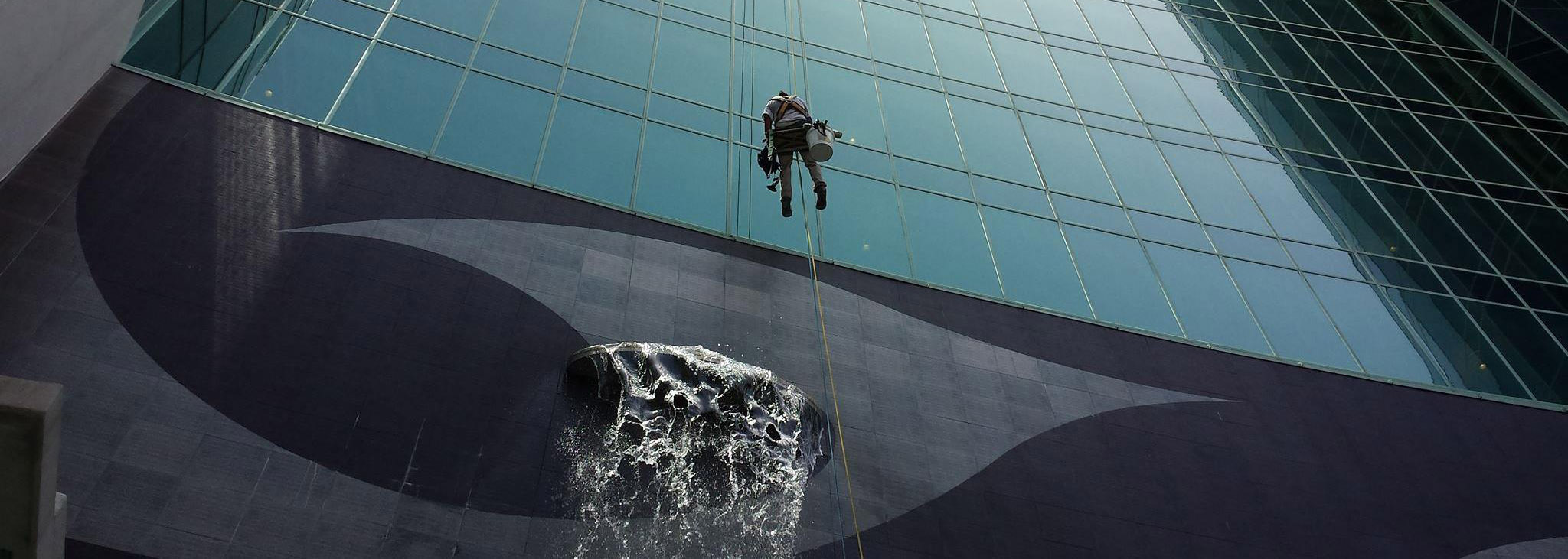 high rise window cleanings
